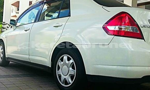 Buy Used Nissan Latio White Car in Bandar Seri Begawan in Brunei-Muara