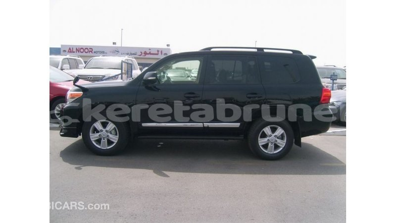 Big with watermark toyota land cruiser belait import dubai 2873
