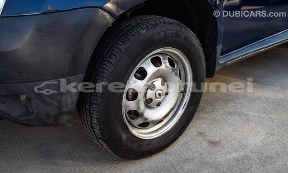 Buy Import Renault Duster Blue Car in Import - Dubai in Belait