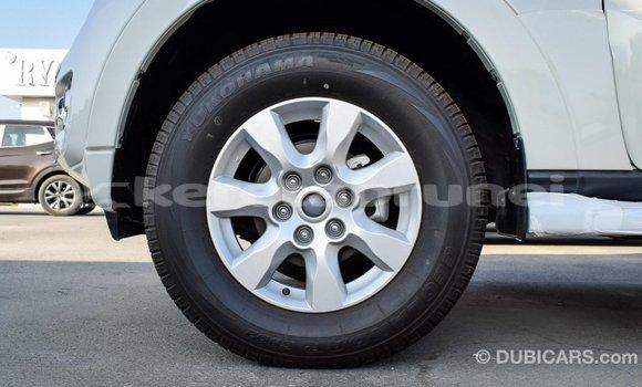 Buy Import Mitsubishi Pajero White Car in Import - Dubai in Belait