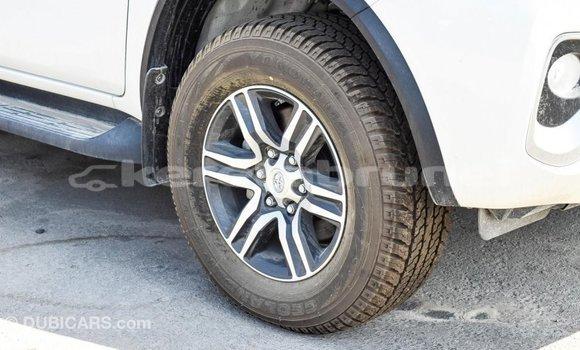 Buy Import Toyota Fortuner White Car in Import - Dubai in Belait