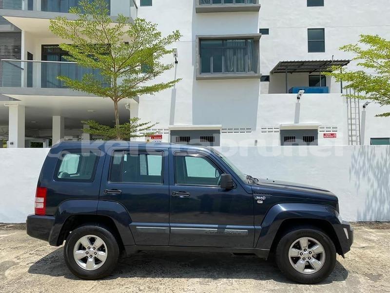 Big with watermark jeep cherokee brunei muara bandar seri begawan 4607