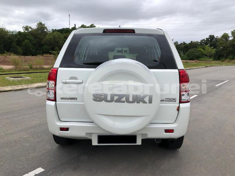 Big with watermark suzuki grand vitara brunei muara bandar seri begawan 4690